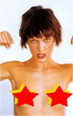 Milla Jovovich oben ohne